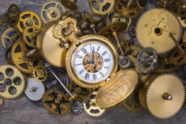 Pocket Watch and old Clock Parts - Cogs, gears, wheels
