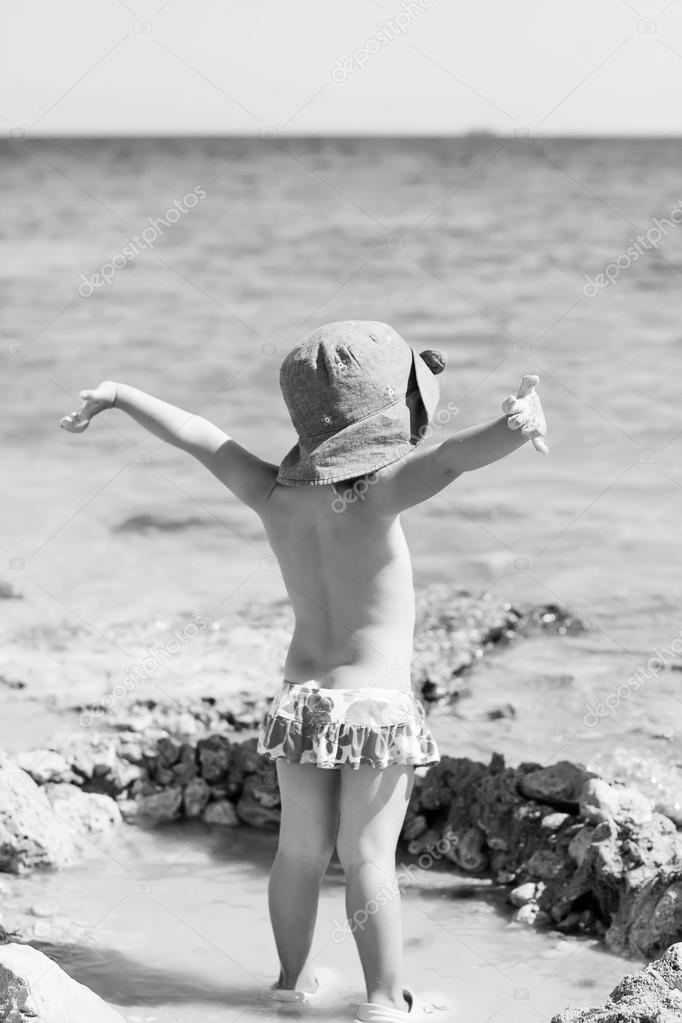 little girl at the sea