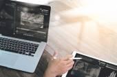 Fotografie Geschäftsmann Hand arbeiten mit Stylus Stift digital-Tablette intelligente ph