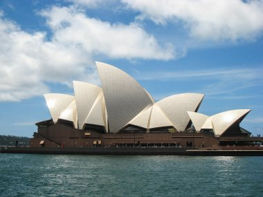 Opera House in Sidney Harbour