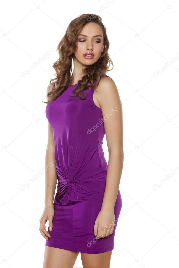 3db3e53b373b γυναίκα σε βιολετί φόρεμα — Φωτογραφία Αρχείου © VGeorgiev  104406132