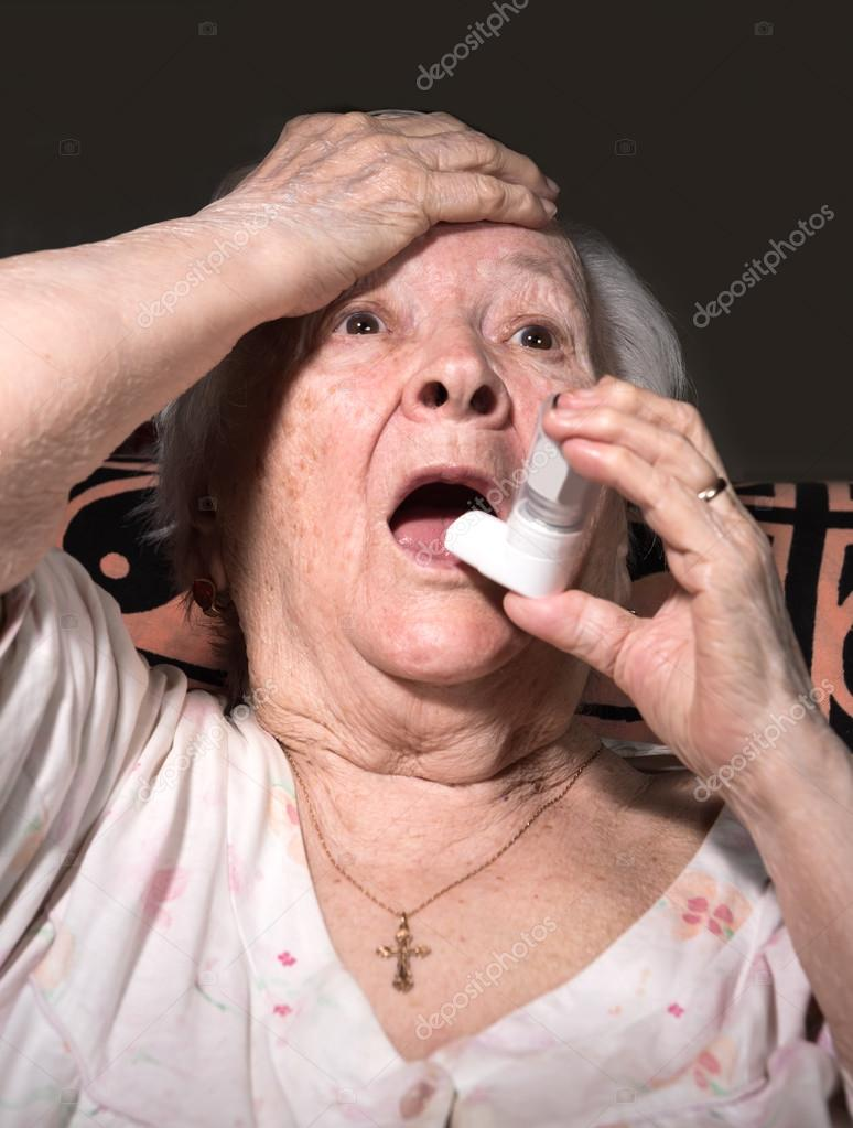 depositphotos_122261634-stock-photo-old-sick-woman-with-asthma.jpg