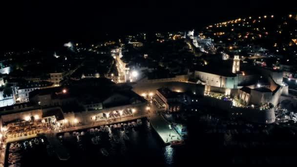 Staré město Dubrovník v noci