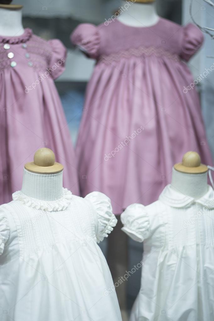Partei Hochzeit oder Taufe Kinderkleidung — Stockfoto © edwardolive ...