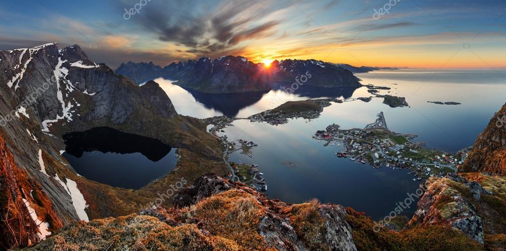 Nature panorama mountain at sunset