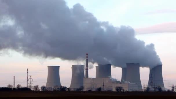 jaderné elektrárny - časová prodleva