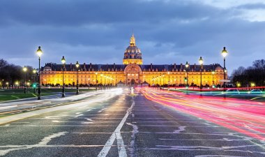 Paris - Les Invalides at night
