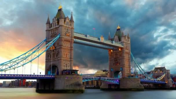 Tower Bridge London, Uk, idő telik el a
