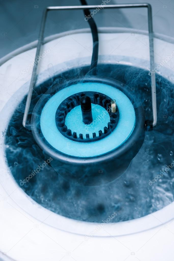Cryo-storage of sperm