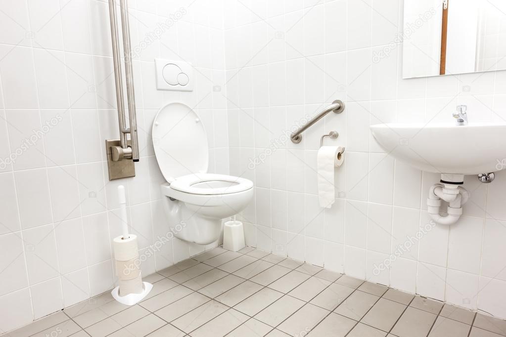 Behinderten wc u stockfoto denboma