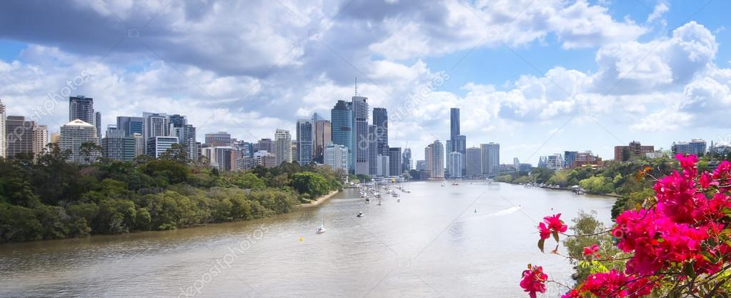 Brisbane, Australia - 26th September, 2014: View from Kangaroo point overlooking Brisbane City and river during the day.
