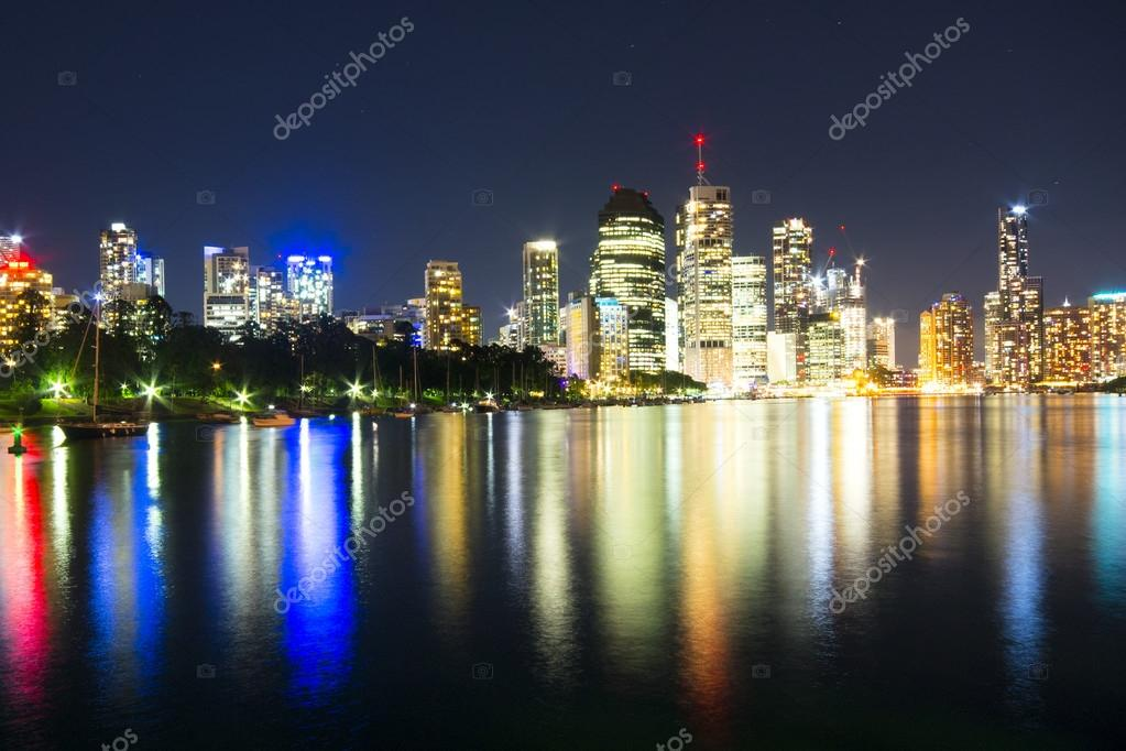 BRISBANE, AUSTRALIA - 27 MAY 2015: The inner-city of Brisbane City and river view  from Kangaroo Point on 27th May 2015.