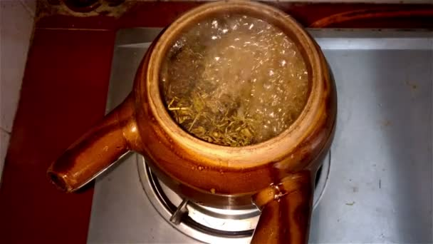 decocting medicinal herbs with enamel pot with sound 4K