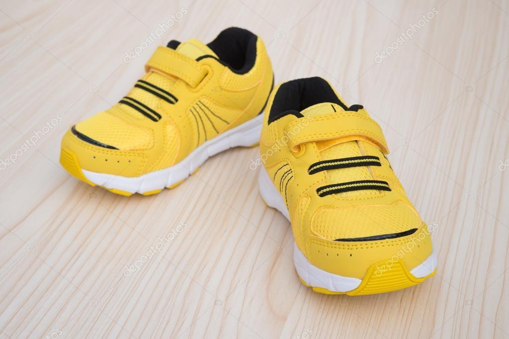 zapatillas nike amarillas niño