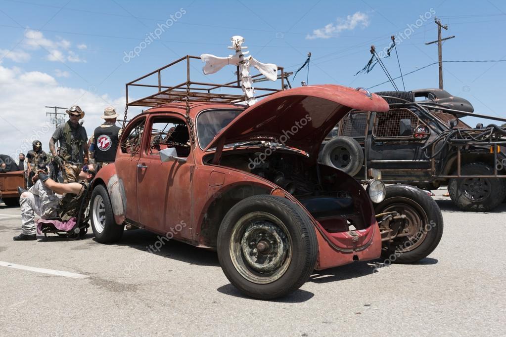 Volkswagen Beetle post-apocalyptic survival vehicle – Stock ...