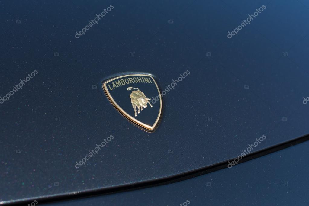 Lamborghini Embleem Op Display Redactionele Stockfoto