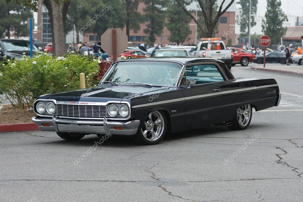 Chevrolet Impala Araba Ekranda Stok Editoryel Fotoğraf