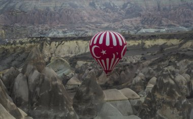 Cappadocia is the region that emerged 60 million years ago when the soft layers of lava and ashes erupted by Erciyes, Hasanda and Gllda were eroded by rain and wind for millions of years.