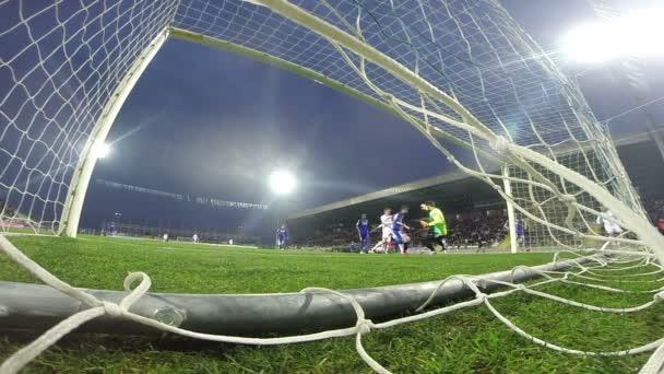 Fußball-Nationalspieler erzielte ein Tor. GoPro Hero Shot
