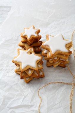 Gingerbread star cookies