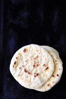 pitas on dark background