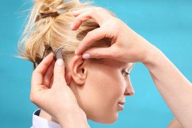 Hearing aid. Hearing loss.