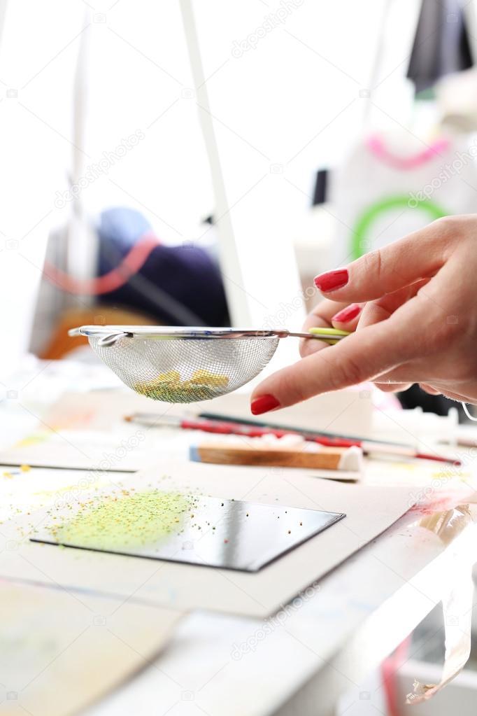 Piastrelle Di Ceramica Decorate.Piastrelle Di Ceramica Decorate A Mano Foto Stock