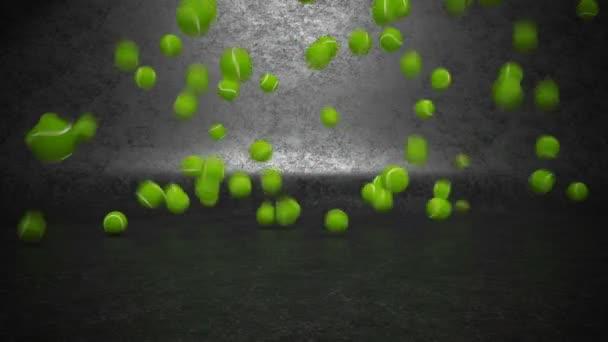 tenisové míčky skákací a válcování
