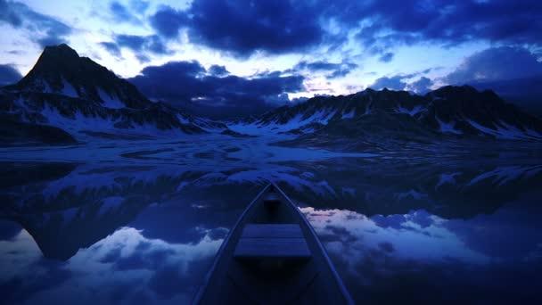 malá loď na jezeře při západu slunce