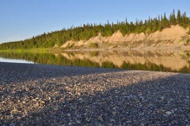 Evening on the Ural river. Polar Ural, Komi Republic, the beaches along the banks of the river. stock vector