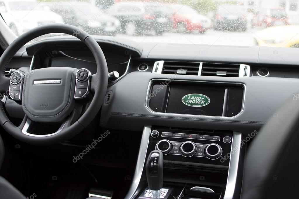 Deggendorf Germany 23 April 2016 Interior Of A 2016 Range Rover