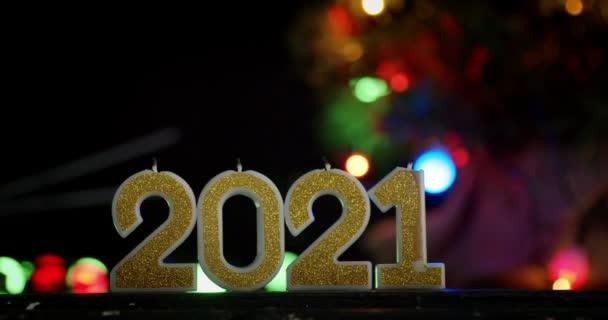 Setkáváme se s novým rokem 2021.