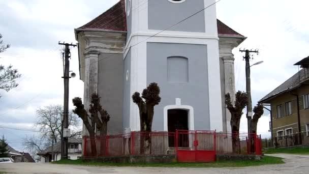 Klasicistní evangelický kostel z 1811 Hankova, Slovensko