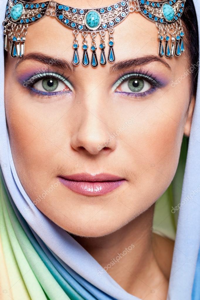 Bilder von nackten orientalischen Frauen