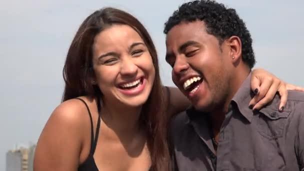 Šťastní lidé a smíchu