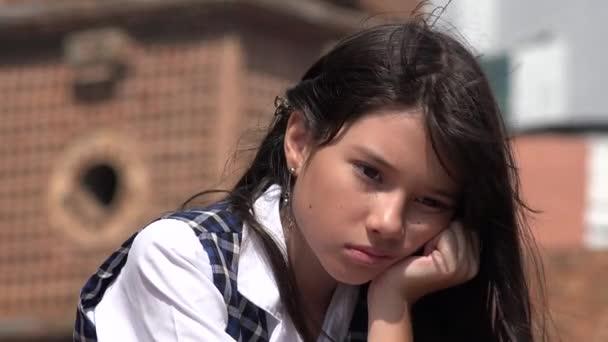 Smutná dívka trpící depresí