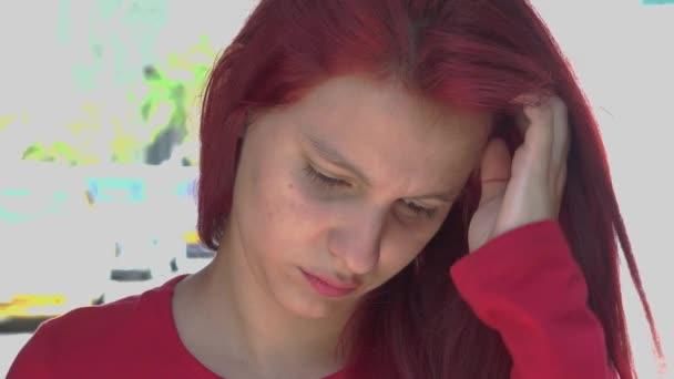 smutný a depresivní teen