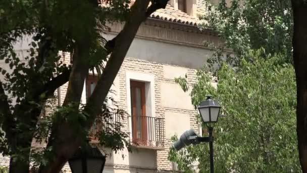 Budování okno a balkon