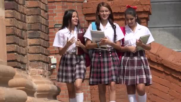 Teen dívky účetní knihy