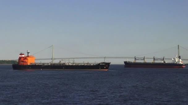 Frachter, Frachter, Containerschiffe, Boote