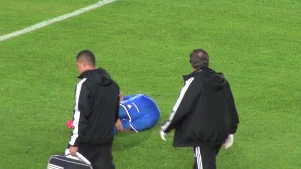 fotbal, zranění, zranění hráče, lékařské, zdraví