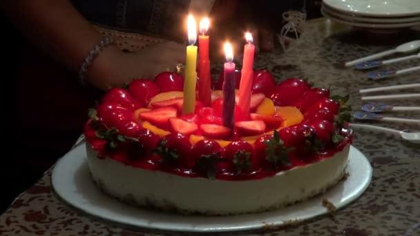 narozeninové dorty, svíčky, oslavy