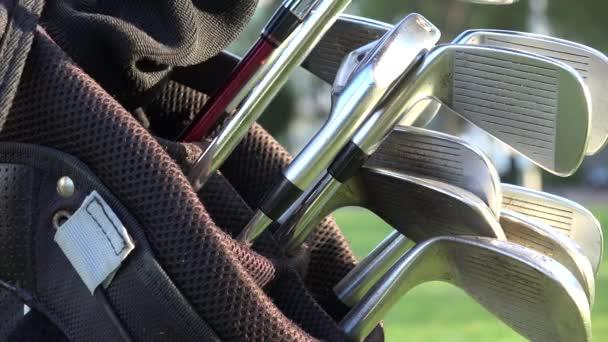 Golfové hole, golfový Bag