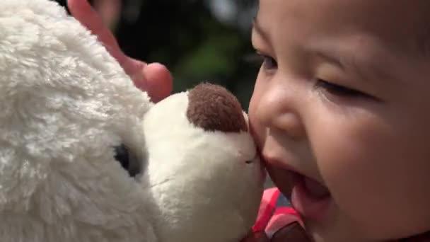 Baba, maci, csecsemő, plüss játékok