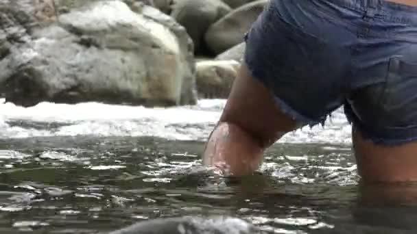 Řeka, turistika, turisté