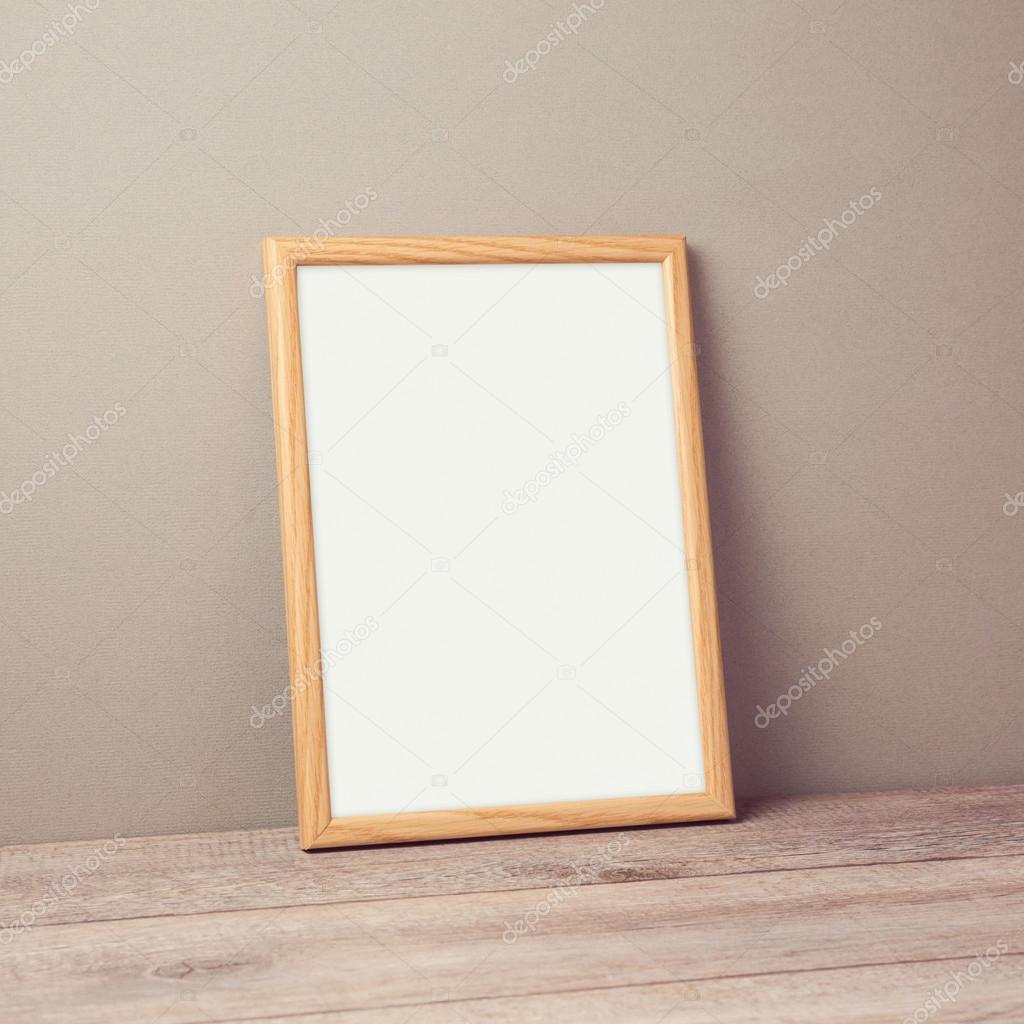 Marco del cartel madera simulada para arriba — Foto de stock ...