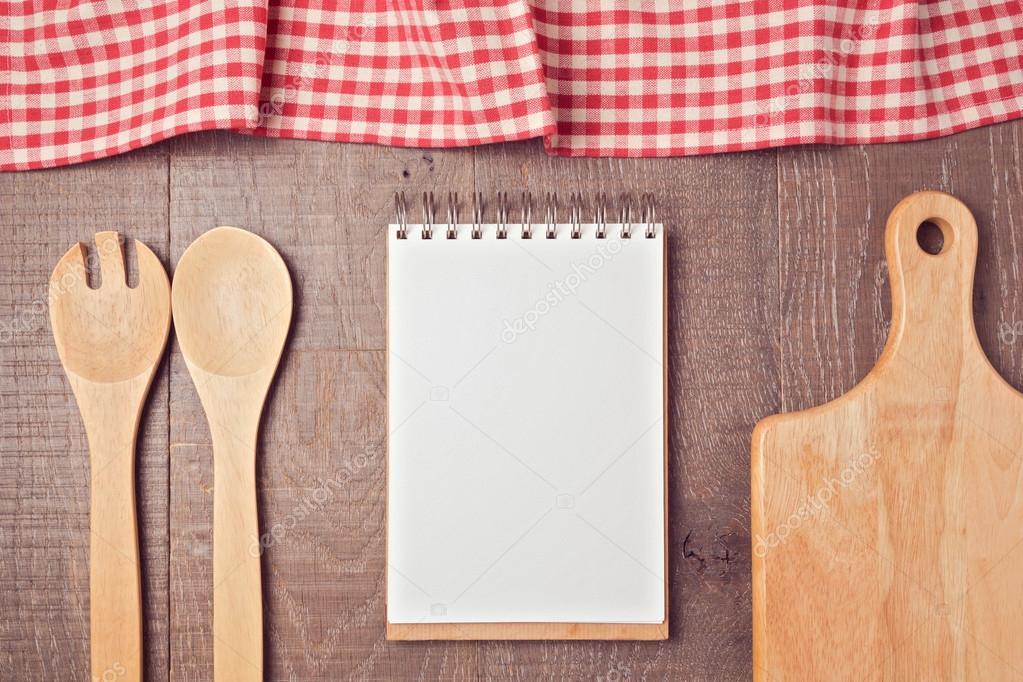 Cuaderno mock up plantilla con utensilios de cocina for Plantillas de cocina