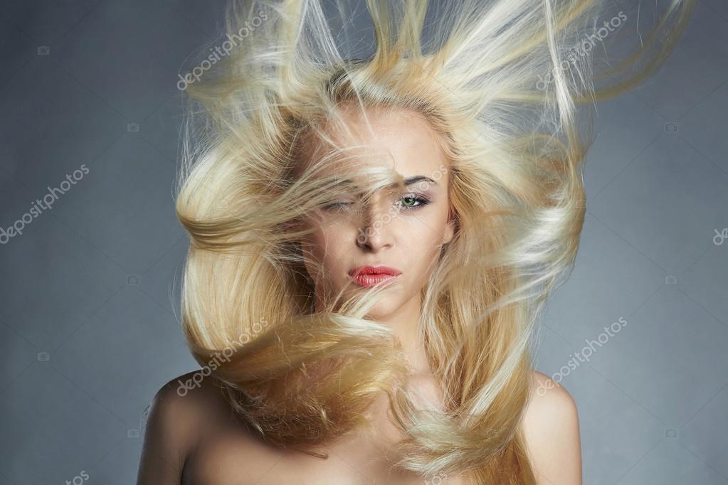 Sexy Bilder von blonden Mädchen
