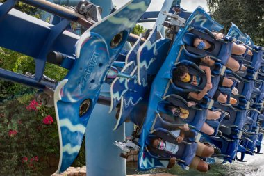 Orlando, Florida. November 15, 2020. People enjoying Manta Ray rollercoaster at Seaworld (5)
