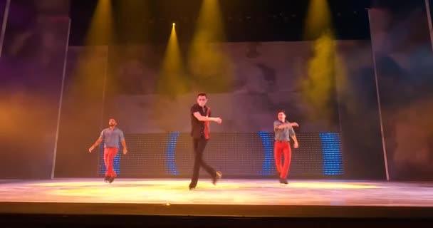 Tampa Bay, Florida. 28. srpna. 2021.Turn It Up Ice Skating Show at Busch Gardens Tampa (6)